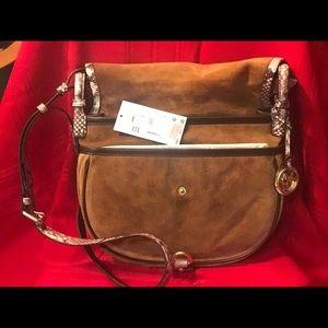 """20f4d615ea5 Michael Kors Bags - NWT Michael Kors """"Jamie """" Saddle Bag Dk Caramel"""